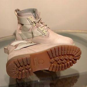 Nas x Timberland x Footlocker Collab Rare Boots